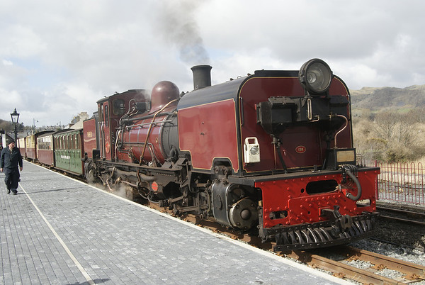 WHR Garratt No 138 at the newly-rebuilt Porthmadog Harbour having just arrived with the morning service from Caernarfon.
