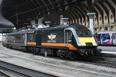 Grand Central HST at York headed by rebuilt power car 43480. The buffers date from it's time as a DVT during the late 1980s.