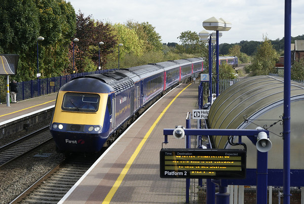 Plymouth-bound express hurries through Hungerford